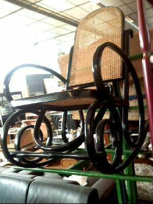 rocking chair canne d 39 occasion. Black Bedroom Furniture Sets. Home Design Ideas