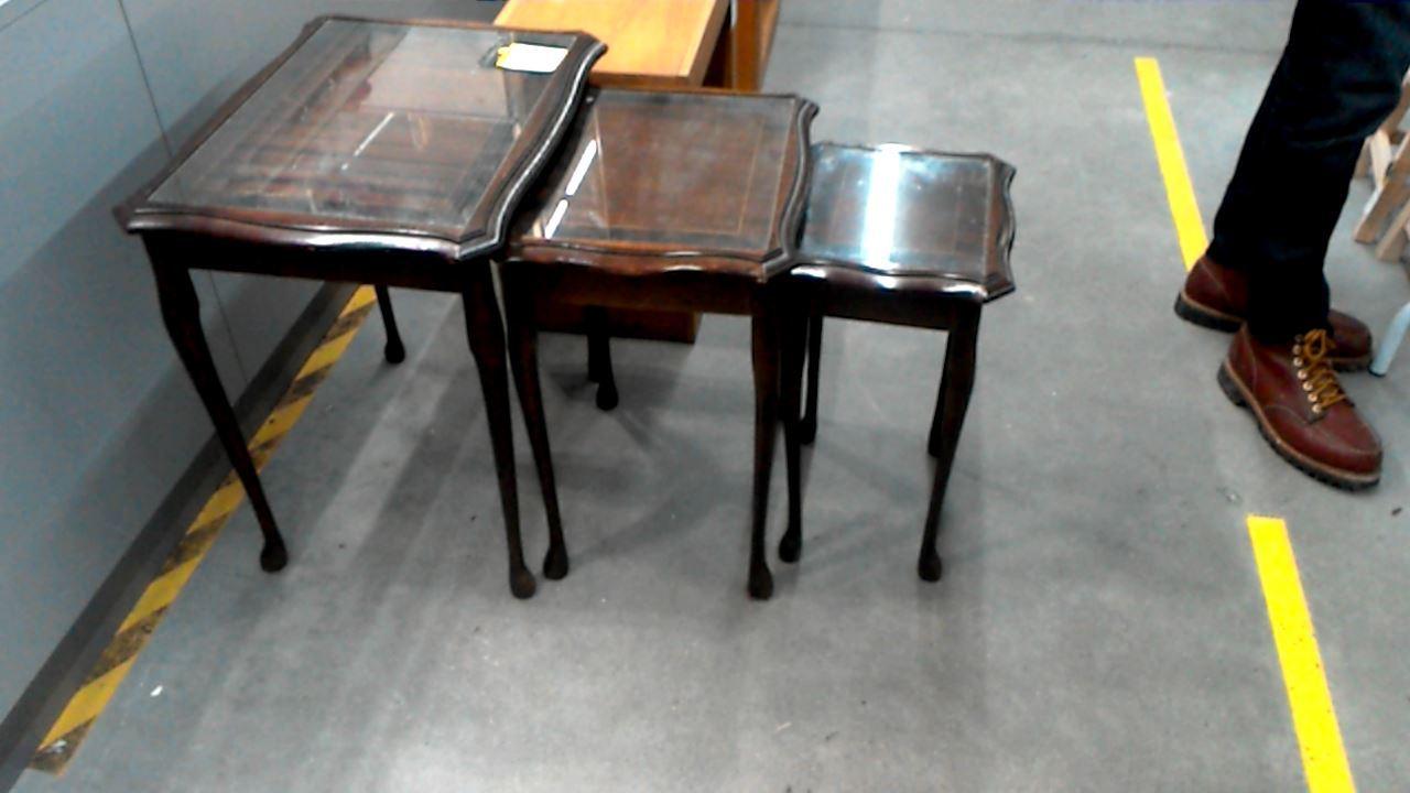 table gigogne dessus verre lot de 3 d 39 occasion. Black Bedroom Furniture Sets. Home Design Ideas