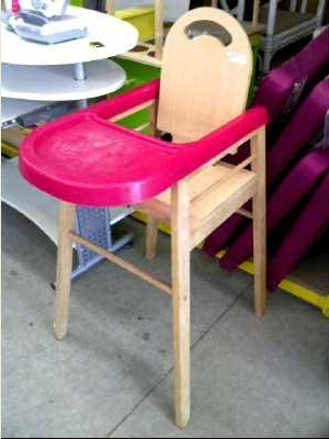 chaise haute b b combelle d 39 occasion. Black Bedroom Furniture Sets. Home Design Ideas