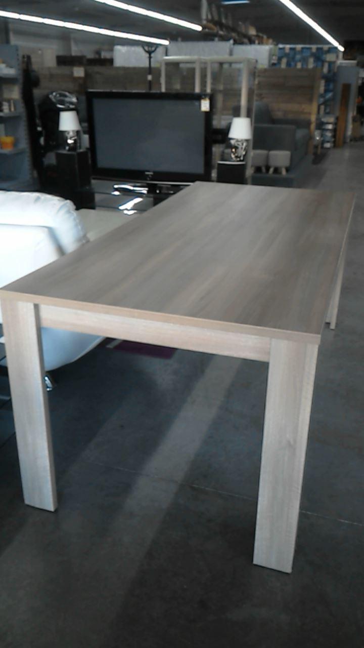 table de salle a manger rectangulaire d 39 occasion. Black Bedroom Furniture Sets. Home Design Ideas